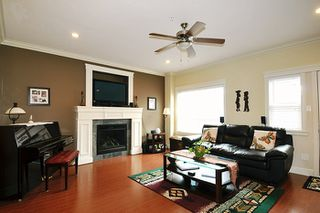 "Photo 4: 24279 101A Avenue in Maple Ridge: Albion House for sale in ""CASTLE BROOK"" : MLS®# R2041174"