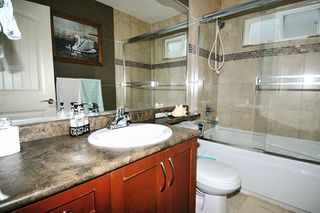 """Photo 7: 24279 101A Avenue in Maple Ridge: Albion House for sale in """"CASTLE BROOK"""" : MLS®# R2041174"""