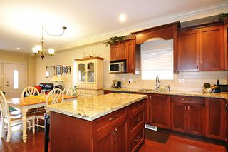 """Photo 5: 24279 101A Avenue in Maple Ridge: Albion House for sale in """"CASTLE BROOK"""" : MLS®# R2041174"""