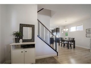 Photo 2: 587 EVANSTON Drive NW in Calgary: Evanston House for sale : MLS®# C4060637