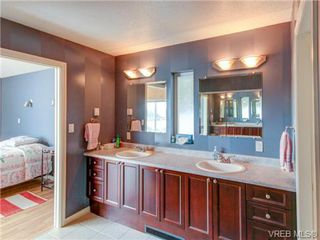 Photo 12: 19 McKenzie Cres in SIDNEY: GI Piers Island Single Family Detached for sale (Gulf Islands)  : MLS®# 735896