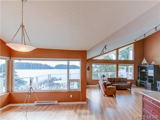 Photo 6: 19 McKenzie Cres in SIDNEY: GI Piers Island Single Family Detached for sale (Gulf Islands)  : MLS®# 735896