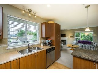 """Photo 4: 215 2581 LANGDON Street in Abbotsford: Abbotsford West Condo for sale in """"COBBLESTONE"""" : MLS®# R2090090"""