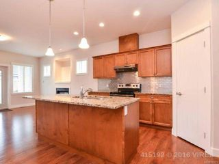 Photo 2: 15 3647 VERMONT PLACE in CAMPBELL RIVER: CR Willow Point Row/Townhouse for sale (Campbell River)  : MLS®# 742721