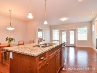 Photo 5: 15 3647 VERMONT PLACE in CAMPBELL RIVER: CR Willow Point Row/Townhouse for sale (Campbell River)  : MLS®# 742721