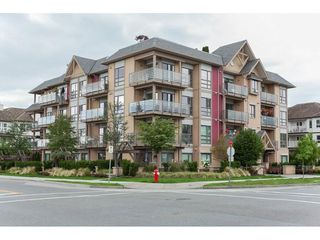 "Photo 1: 107 5811 177B Street in Surrey: Cloverdale BC Condo for sale in ""Latis"" (Cloverdale)  : MLS®# R2121622"