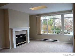 Photo 7: 102 5110 Cordova Bay Rd in VICTORIA: SE Cordova Bay Condo for sale (Saanich East)  : MLS®# 746274
