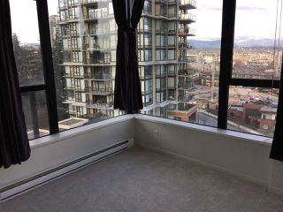 "Photo 8: 805 11 E ROYAL Avenue in New Westminster: Fraserview NW Condo for sale in ""VICTORIA HILL"" : MLS®# R2138405"