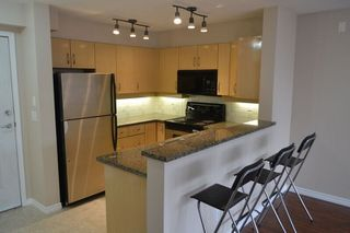 """Photo 7: 517 345 LONSDALE Avenue in North Vancouver: Lower Lonsdale Condo for sale in """"METROPOLITAN"""" : MLS®# R2156855"""