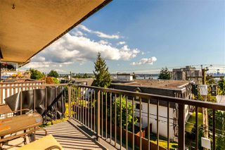 """Photo 14: 306 155 E 5TH Street in North Vancouver: Lower Lonsdale Condo for sale in """"Winchester Estates"""" : MLS®# R2176617"""