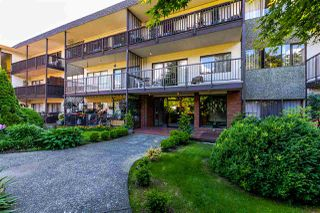 """Photo 1: 306 155 E 5TH Street in North Vancouver: Lower Lonsdale Condo for sale in """"Winchester Estates"""" : MLS®# R2176617"""