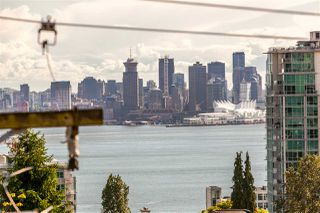 """Photo 19: 306 155 E 5TH Street in North Vancouver: Lower Lonsdale Condo for sale in """"Winchester Estates"""" : MLS®# R2176617"""