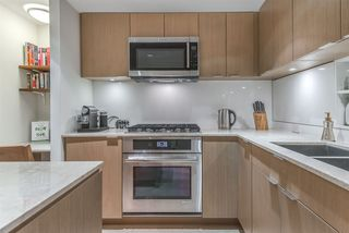 "Photo 13: PH615 161 E 1ST Avenue in Vancouver: Mount Pleasant VE Condo for sale in ""BLOCK 100"" (Vancouver East)  : MLS®# R2195060"