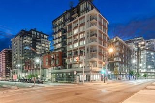 "Photo 3: PH615 161 E 1ST Avenue in Vancouver: Mount Pleasant VE Condo for sale in ""BLOCK 100"" (Vancouver East)  : MLS®# R2195060"