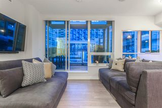 "Photo 5: PH615 161 E 1ST Avenue in Vancouver: Mount Pleasant VE Condo for sale in ""BLOCK 100"" (Vancouver East)  : MLS®# R2195060"