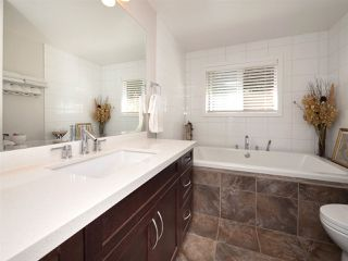 Photo 11: 4061 205A Street in Langley: Brookswood Langley House for sale : MLS®# R2196686