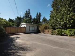 Photo 2: 4061 205A Street in Langley: Brookswood Langley House for sale : MLS®# R2196686