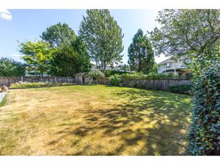 "Photo 2: 19716 34A Avenue in Langley: Brookswood Langley House for sale in ""Brookswood"" : MLS®# R2199501"