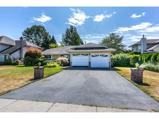"Photo 1: 19716 34A Avenue in Langley: Brookswood Langley House for sale in ""Brookswood"" : MLS®# R2199501"