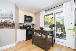 """Photo 4: 17 870 W 7TH Avenue in Vancouver: Fairview VW Townhouse for sale in """"Laurel Court"""" (Vancouver West)  : MLS®# R2210150"""