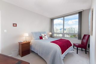 """Photo 11: 17D 199 DRAKE Street in Vancouver: Yaletown Condo for sale in """"Concordia I"""" (Vancouver West)  : MLS®# R2215450"""