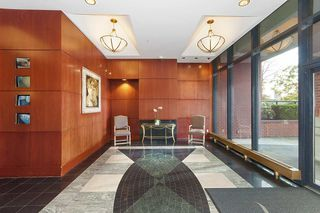 """Photo 18: 17D 199 DRAKE Street in Vancouver: Yaletown Condo for sale in """"Concordia I"""" (Vancouver West)  : MLS®# R2215450"""