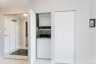 """Photo 5: 17D 199 DRAKE Street in Vancouver: Yaletown Condo for sale in """"Concordia I"""" (Vancouver West)  : MLS®# R2215450"""