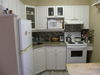 "Photo 3: 201 1785 ESQUIMALT Avenue in West Vancouver: Ambleside Condo for sale in ""SHALIMAR"" : MLS®# R2218911"