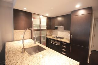 Photo 6: 209 1055 Richards Street in Vancouver: Yaletown Condo for sale (Vancouver West)  : MLS®# R2220082