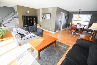 Photo 2: 27 Claus Bay Winnipeg Real Estate For Sale in Fraser's Grove