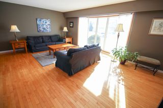 Photo 4: 27 Claus Bay Winnipeg Real Estate For Sale in Fraser's Grove
