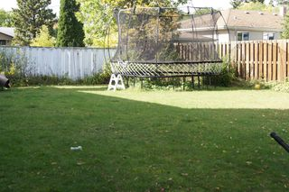 Photo 21: 27 Claus Bay Winnipeg Real Estate For Sale in Fraser's Grove