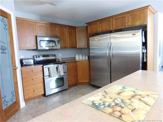 Photo 9: 730 Southeast 37 Street in Salmon Arm: Little Mountain House for sale (SE Salmon Arm)  : MLS®# 10153146