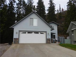 Photo 1: 730 Southeast 37 Street in Salmon Arm: Little Mountain House for sale (SE Salmon Arm)  : MLS®# 10153146