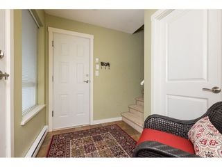 Photo 2: 13 22380 SHARPE Avenue in Richmond: Hamilton RI Townhouse for sale : MLS®# R2255923