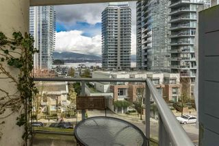 "Photo 4: 401 1228 W HASTINGS Street in Vancouver: Coal Harbour Condo for sale in ""PALLADIO"" (Vancouver West)  : MLS®# R2258728"
