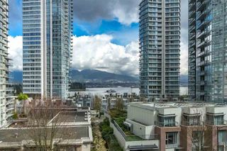 "Photo 3: 401 1228 W HASTINGS Street in Vancouver: Coal Harbour Condo for sale in ""PALLADIO"" (Vancouver West)  : MLS®# R2258728"