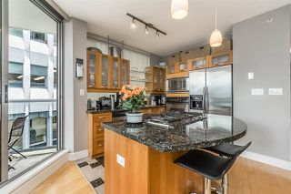"Photo 2: 401 1228 W HASTINGS Street in Vancouver: Coal Harbour Condo for sale in ""PALLADIO"" (Vancouver West)  : MLS®# R2258728"