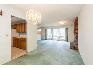 Photo 6: 15663 97 Avenue in Surrey: Guildford House for sale (North Surrey)  : MLS®# R2261045