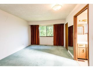 Photo 11: 15663 97 Avenue in Surrey: Guildford House for sale (North Surrey)  : MLS®# R2261045