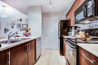 "Photo 3: 427 12248 224 Street in Maple Ridge: East Central Condo for sale in ""URBANO"" : MLS®# R2262541"