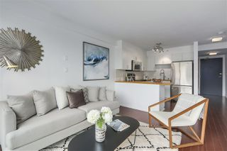 "Photo 6: 404 1633 W 8TH Avenue in Vancouver: Fairview VW Condo for sale in ""FIRCREST GARDENS"" (Vancouver West)  : MLS®# R2265992"