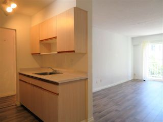 "Photo 8: 305 711 E 6TH Avenue in Vancouver: Mount Pleasant VE Condo for sale in ""PICASSO"" (Vancouver East)  : MLS®# R2278465"