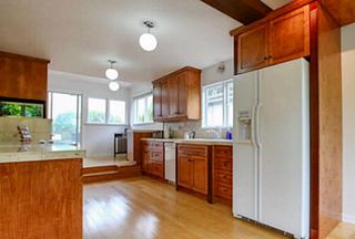 Photo 5: 4407 PRICE Crescent in Burnaby: Garden Village House for sale (Burnaby South)  : MLS®# R2316025