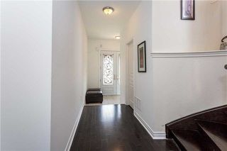 Photo 3: 8 Platform Crescent in Brampton: Northwest Brampton House (2-Storey) for sale : MLS®# W4288469