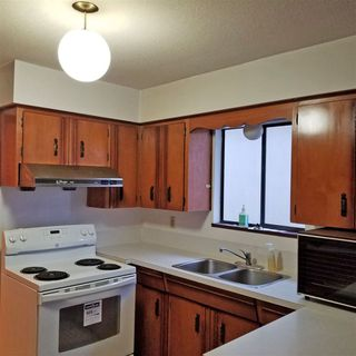 """Photo 2:  in Vancouver: Fraser VE House for sale in """"N"""" (Vancouver East)  : MLS®# R2328449"""