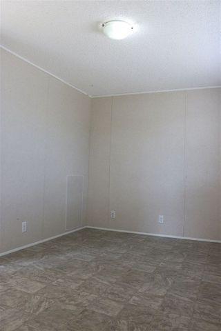Photo 13: 432 Oak Wood Crescent Avenue in Edmonton: Zone 42 Mobile for sale : MLS®# E4141131