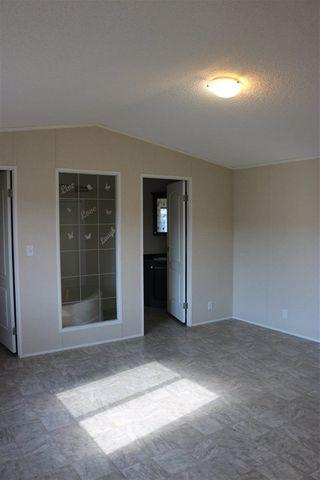 Photo 18: 432 Oak Wood Crescent Avenue in Edmonton: Zone 42 Mobile for sale : MLS®# E4141131