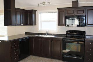 Photo 4: 432 Oak Wood Crescent Avenue in Edmonton: Zone 42 Mobile for sale : MLS®# E4141131