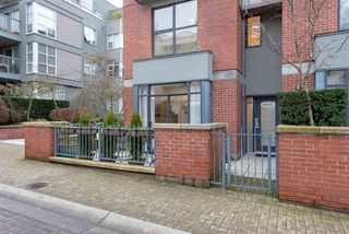 "Photo 12: 105 2688 VINE Street in Vancouver: Kitsilano Townhouse for sale in ""TREO"" (Vancouver West)  : MLS®# R2335789"